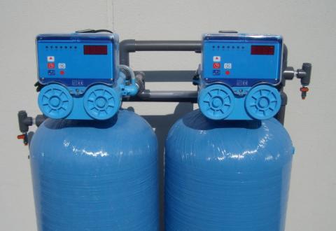 Deferrizzatore: Acqua Limpida ed Elettrodomestici Funzionanti