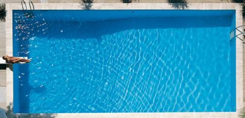 Il trattamento acqua piscina torbida elimina definitivamente alghe - Quanto costa una piscina interrata ...